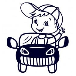 Samolepka na auto - malý řidič- kluk v autě